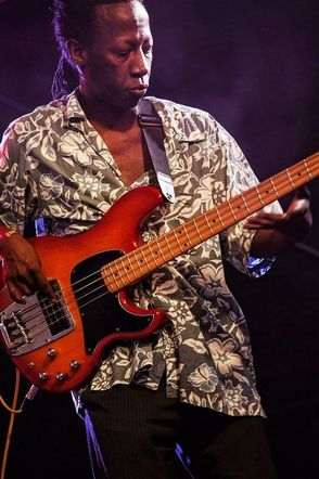 The Trick, Apollo Munyanshongore Bass. thetrick.fr